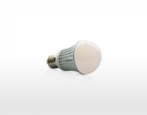 LED žárovka 7W, závit E27, teplá bílá