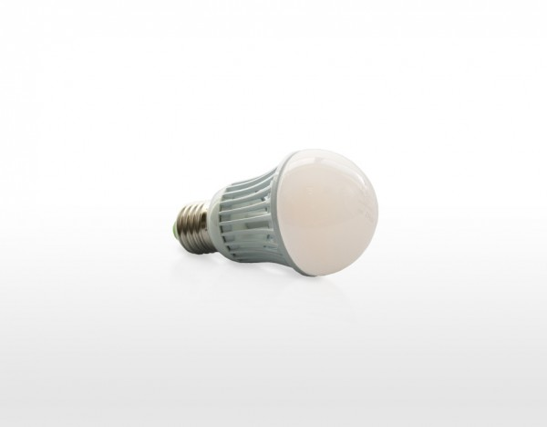 LED žárovka 10W, závit E27, teplá bílá